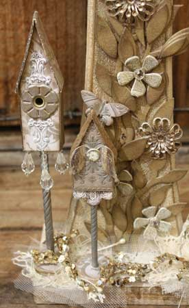 Bird-Houses-Close-Up